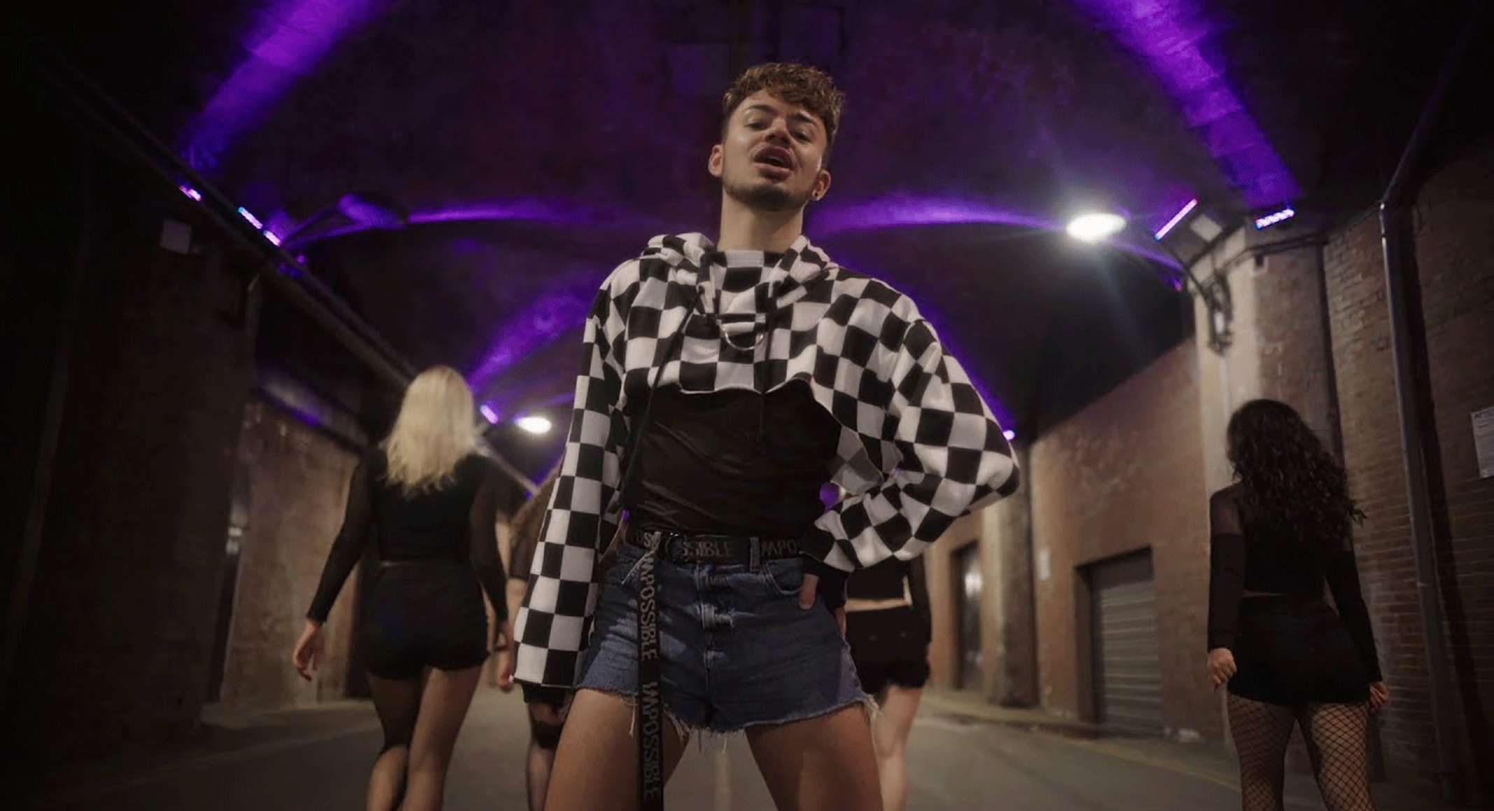 Smashby – «Under The Sheets»