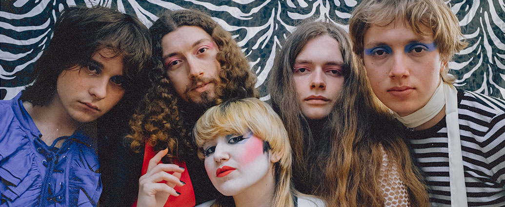 Aggro-Glam rockers Telgate return with fired-up new single «Love Zone»